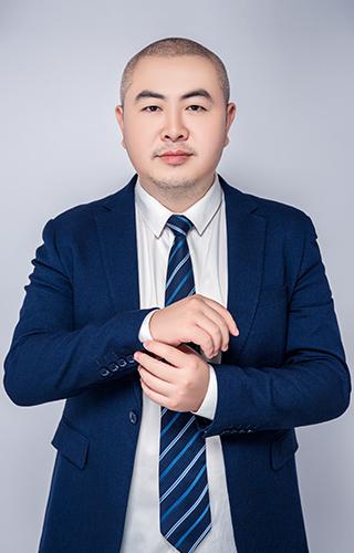 主任設計師- 何鯤